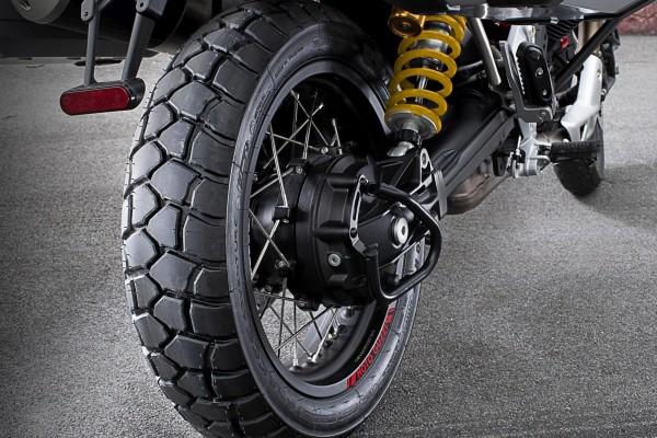 Neumático trasero Sport Adventure Michelin Moto Guzzi V85 TT